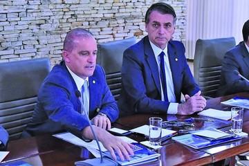 Bolsonaro afina su programa de gobierno