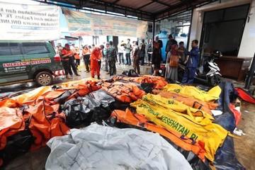 Ascienden a 222 muertos y 843 heridos por un tsunami en Indonesia