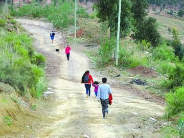 Asfaltado, agua propia y seguridad, los pedidos del barrio Villa Laguna