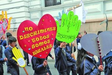 Discriminación: Casos involucran al magisterio