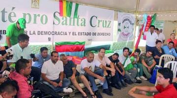 Cruceños levantan huelga de hambre hasta el 2019
