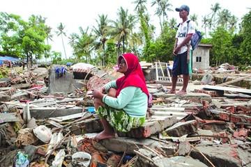 Indonesia suma muertos mientras busca milagros