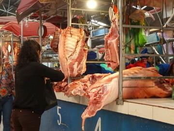 Intensifican el faenado  de porcinos en fin de año