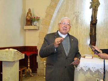 Arzobispo insta a orar por las familias divididas