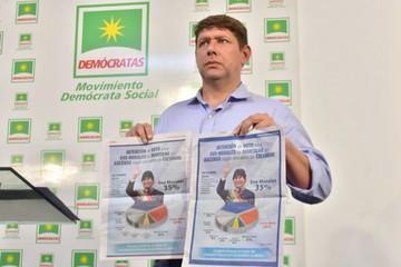 """La oposición denuncia """"complicidad"""" del TSE"""