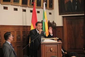 Revilla defiende la efectividad judicial y critica a la prensa