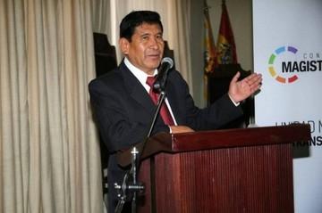 Gonzalo Alcón es ratificado en presidencia de la Magistratura