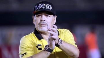 Internan a Maradona por sangrado estomacal en clínica argentina