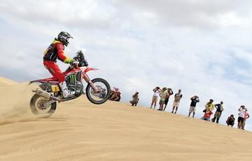 El español Joan Barreda galopa sobre las dunas