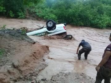 Lluvias provocan daños en Huacaya