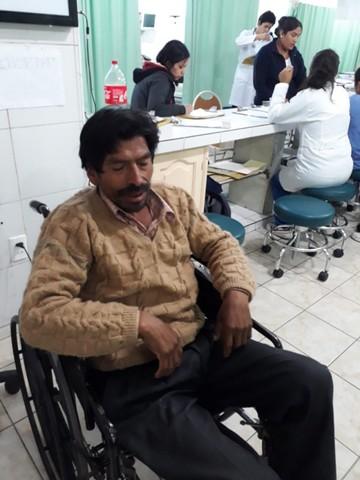 Hilarión Chávez deja  la huelga de hambre