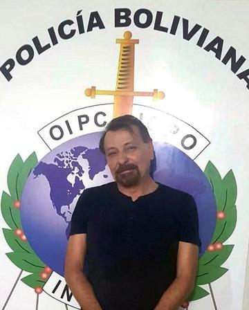 El ex activista Battisti hará escala en Brasil antes de su envío a Italia