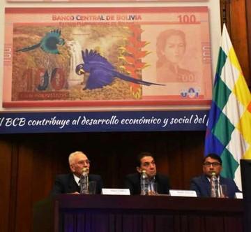 Entra en circulación el nuevo billete de 100 bolivianos
