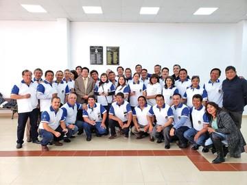 Médicos celebran 25 años de promoción