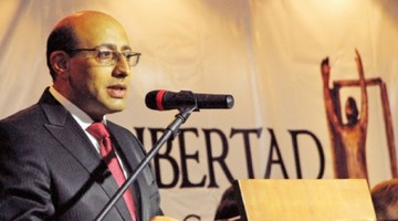 La ANP posesiona a Dipp  como su nuevo presidente