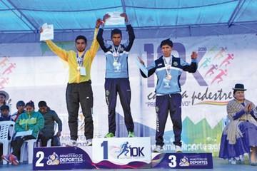 Toroya y Quispe  ganan primera  carrera pedestre