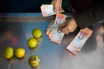 Venezuela: Más plata y menos alimentos