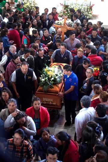 México: Tragedia suma 85 muertos y peritajes continúan