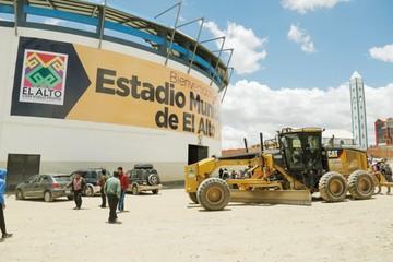 Habilitan estadio de El Alto