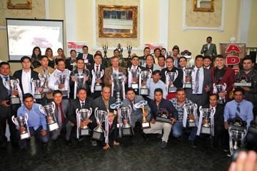 Aadesu proclama campeones  del Oscar Crespo