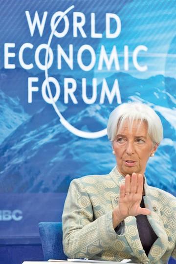 FMI reduce previsiones de crecimiento regional