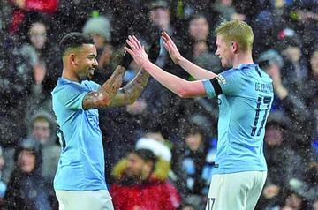 Manchester City avanza a octavos de Copa Inglesa