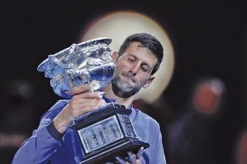 Djokovic vence a Nadal y se corona en Australia
