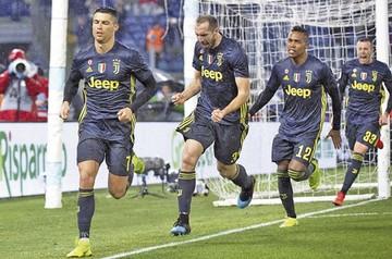 Cristiano hunde al Lazio y hace más líder a la Juve