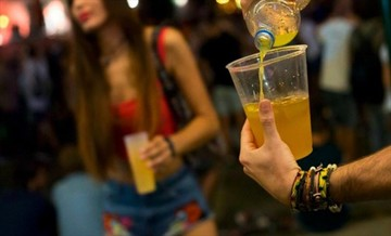 Joven y adolescente violan a su amiga tras embriagarla