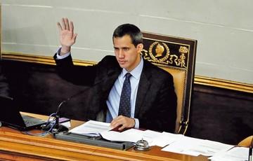 Justicia venezolana toma represalias contra Guaidó