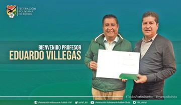Villegas estampa su firma en la Selección