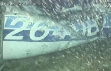 Encuentran un cuerpo entre los escombros del avión en el que viajaba Sala