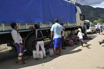 Autorizan viajes en Caranavi pese al riesgo de deslizamientos