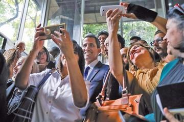 Venezuela: Aprueban ley para eventual transición