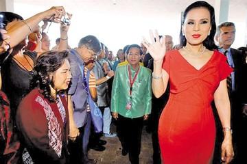 Tailandia. El rey Vajiralongkorn y la princesa Ubolratana