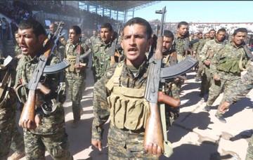 Las milicias kurdas emprenden última batalla contra el EI
