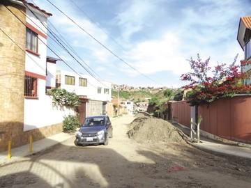 Barrio Los Ángeles Tucsupaya espera el inicio del asfaltado