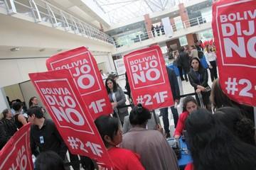 Coyuntura política marca encuentro con bolivianos