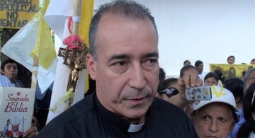 Agreden a un sacerdote apreciado en Nicaragua