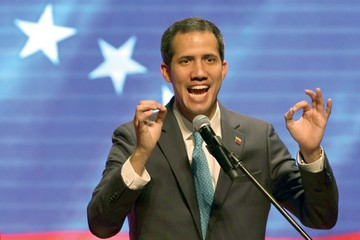 Guaidó obtiene respaldos y mantiene sus promesas