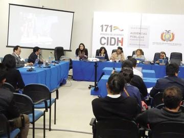 CIDH pide atención urgente a desplazados en Guatemala