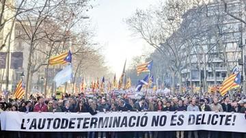 Miles toman calles en contra de juicio a líderes catalanes