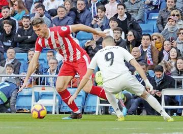 Real Madrid se reencuentra con las penurias ligueras
