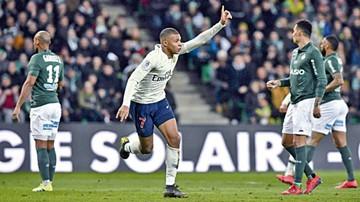 Mbappé rescata al PSG,  que aumenta su ventaja