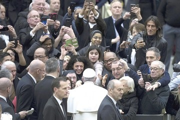 """Vaticano: Cumbre sobre abusos será  """"punto de inflexión"""""""