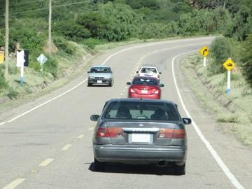 Gobernación dilata inicio de doble vía Sucre-Yamparáez