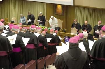 """Iglesia cree que obispos deben """"rendir cuentas"""""""