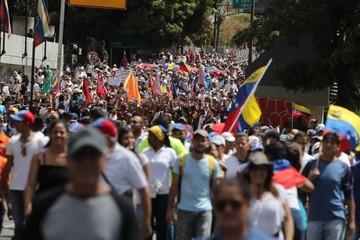 Venezuela: Un herido en enfrentamientos cerca de la frontera con Colombia