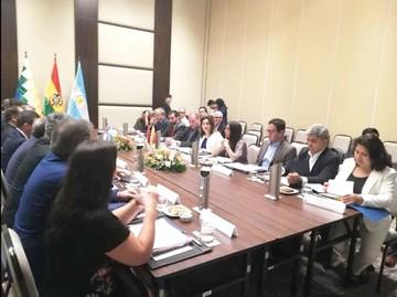 Salud: Bolivia y Argentina buscan un pacto