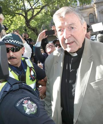 Cardenal australiano cae tras las rejas por abusos